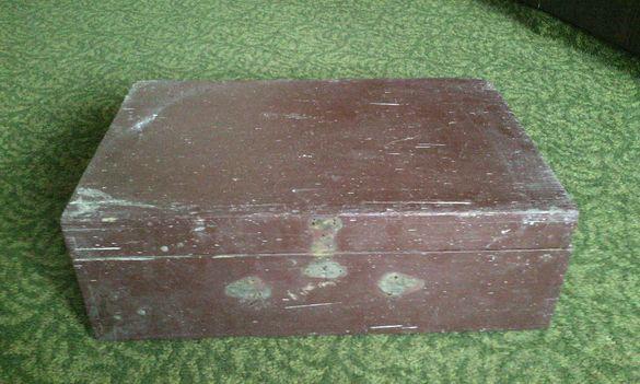 Дървен куфар старинен