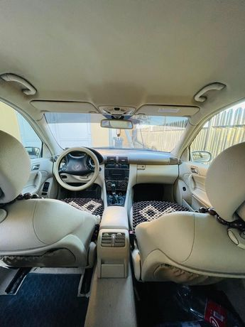 Vând Mercedes C 180 Kompressor