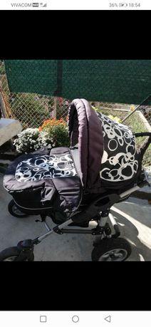 Детска количка три в едно