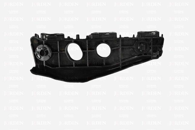 Кронштейн переднего бампера LH Corolla 150 10-
