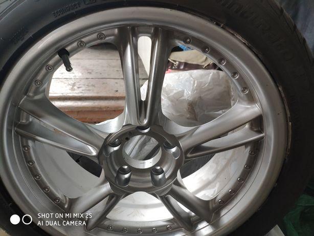 Продам шину  с диском 18 новая