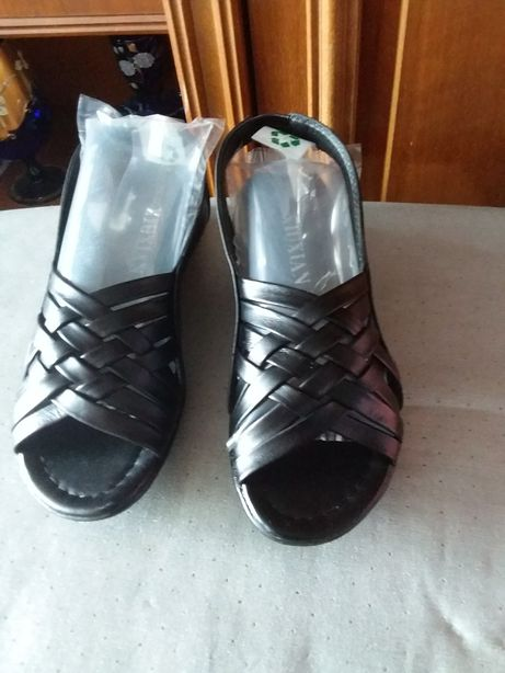 Туфли женские кожанные 39 размер