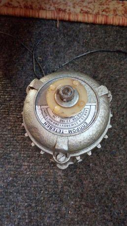 Продам электродвигатель 380v