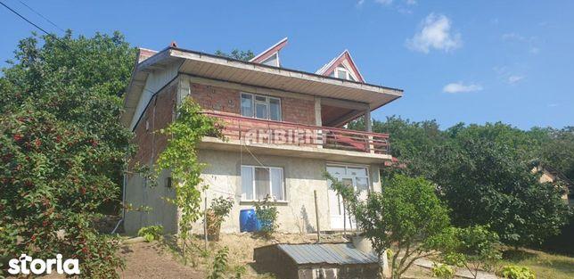CASĂ INDIVIDUALĂ P+1, parțial finisată, zona Gura Bustei;
