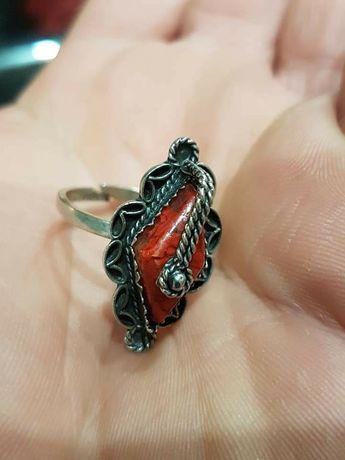 Стар сребърен пръстен