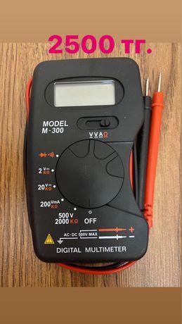 Прибор для измерения напряжения в электросети.