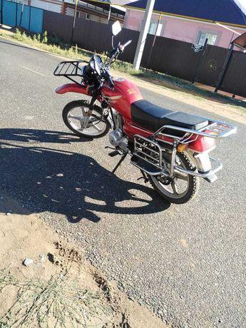 Продам мотоцикл состояние отличное...