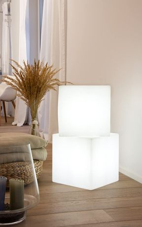 Светещ куб--8 Seasons Design Cube Light