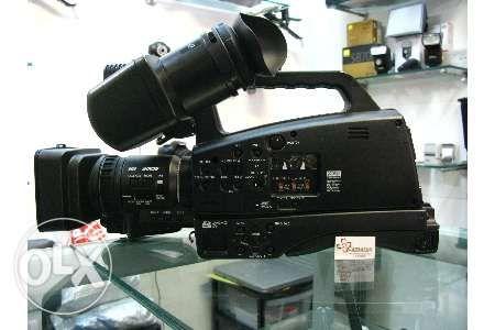 Vand camera video profesionala full hd