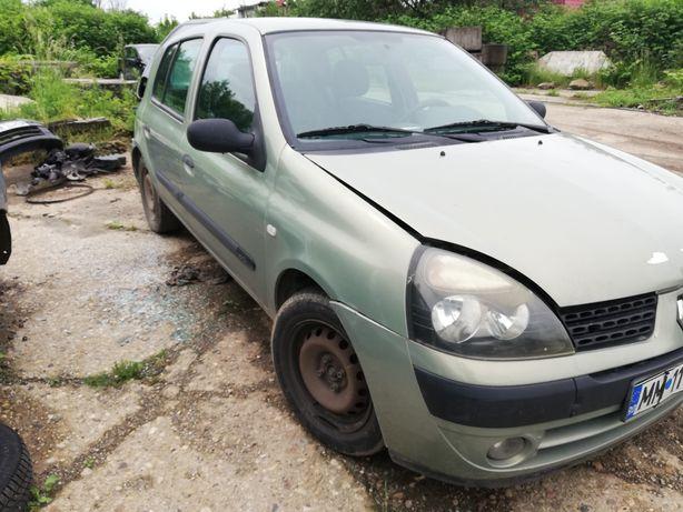 Dezmembrez Renault Clio 2 1.5 dci