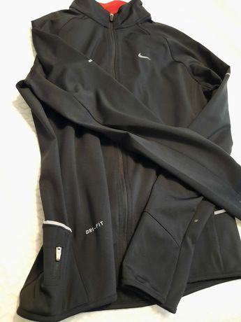 Vând trening Nike