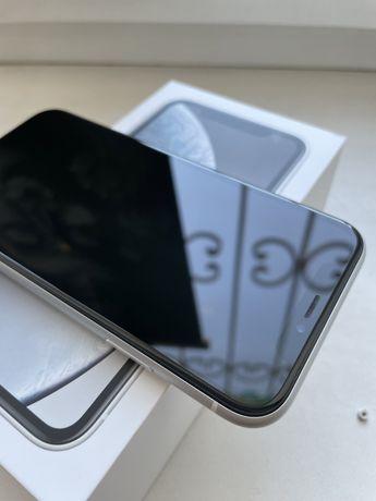 Продам iphone XR 64 gb white