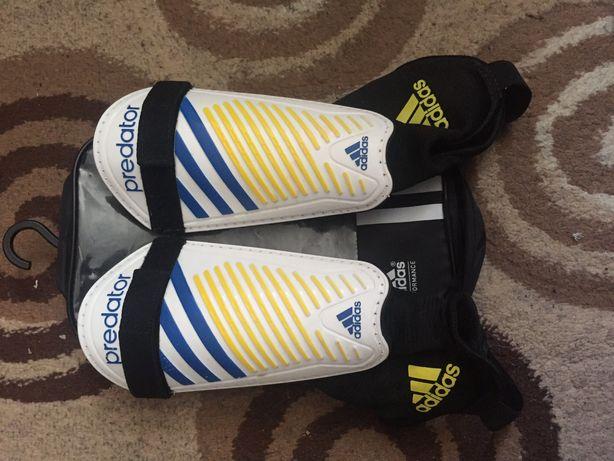 Aparatori Football Adidas-Predator