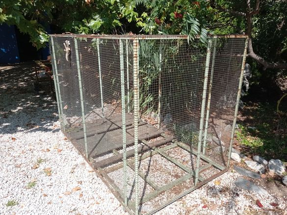 Воалера- клетка за птици