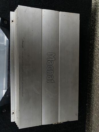 Vând amplificator auto Magnat