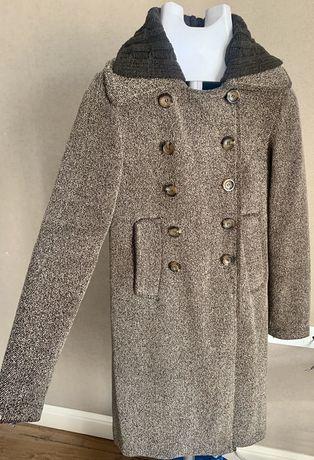Пальто Mango коричневое