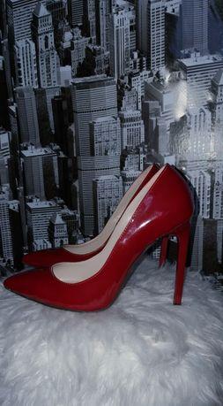 Pantofi lac stiletto visiniu
