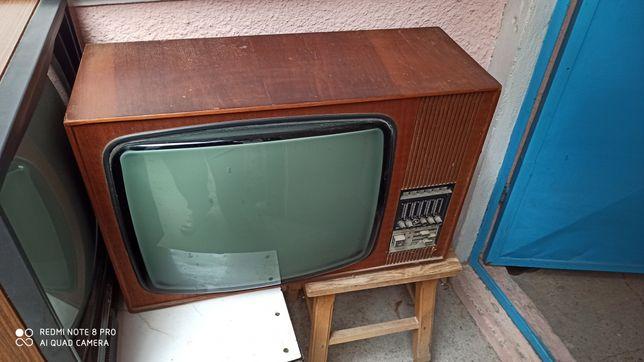 Televizor alb negru