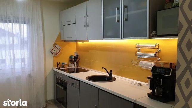 Apartament cu 3 camere in zona Iris