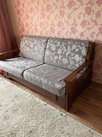 Продам диван в отличном состоянии раздвижной