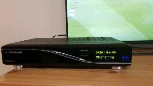 receptoare satelit DreamBox DM 8000 HD PVR
