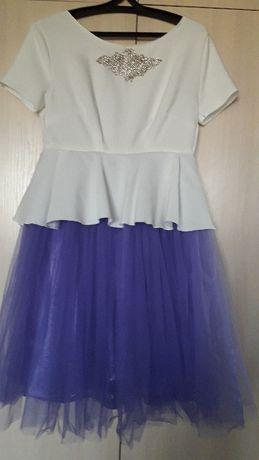 Продается платье мамы и дочки