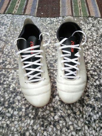 Puma- футболни обувки, бутонки