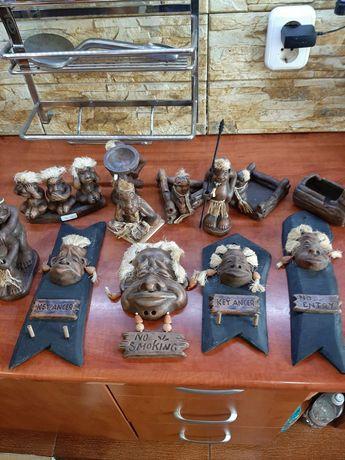 Statuete ceramica&lemn