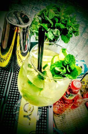 Cocktail Bar/Bar Mobil/Barmani pentru orice tip de eveniment!