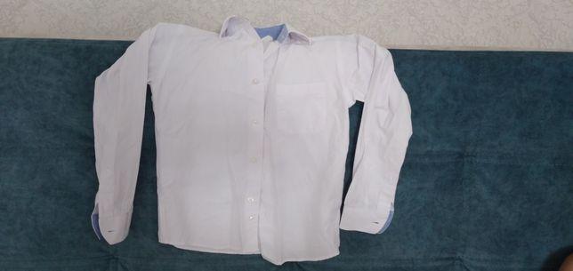 продам рубашку на мальчика