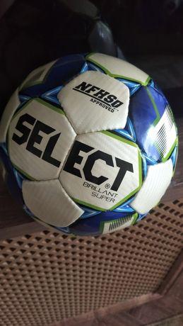 Продам футбольные мячи