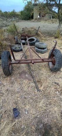 Продам бричку колеса все целые поводья тоже есть