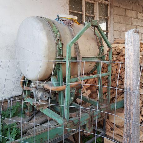 Vand instalatie de ierbicidat defecta