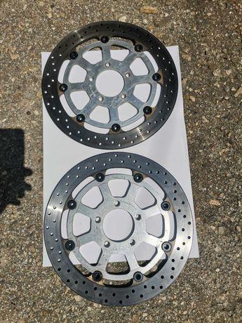 Продавам 2 спирачни диска от Suzuki GSXR600