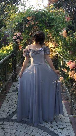 Официални рокли, подходящи за всякакви поводи.