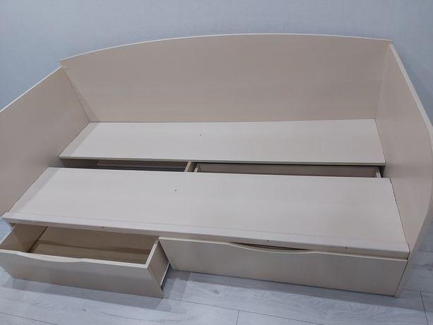 Кровать подростковая,  размер 185×90