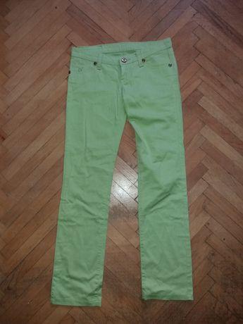 Зелени панталон запазен