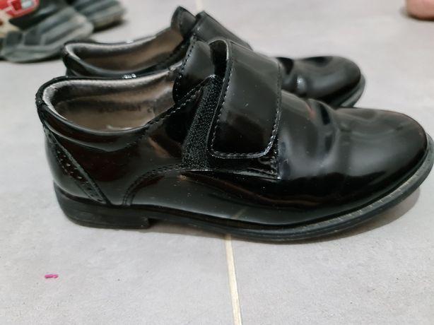 Кроссовки, туфли для мальчика
