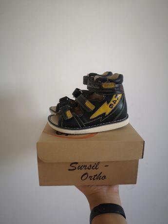 """Ортопедическая обувь для мальчика от фирмы """"Sursil Ortho"""""""