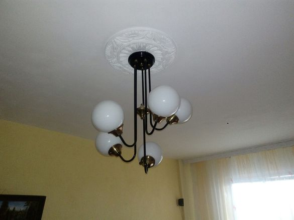 Полилей с пет лампиона