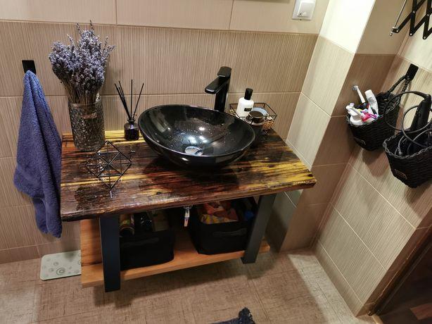 Blaturi, mese rasina epoxy , lavoar baie, lemn vechi