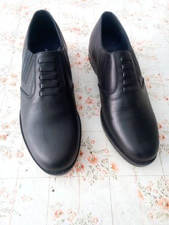 Кожени мъжки обувки номер44