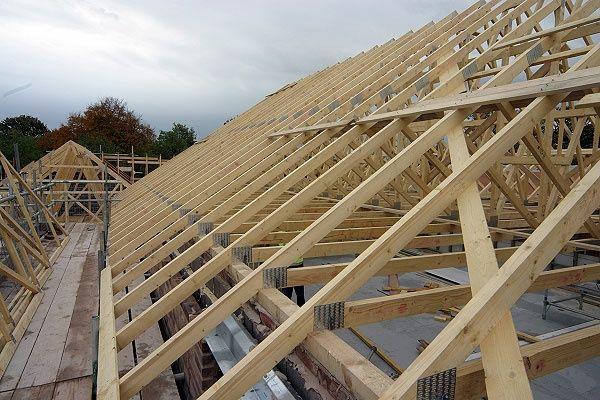 Montaj acoperișuri dulgherii mansardari Reparati acoperis hidroizolați