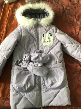 Продам зимнюю куртку для девочек