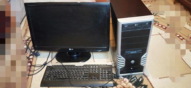 Компьютер LG  (клавиатура, процессор)