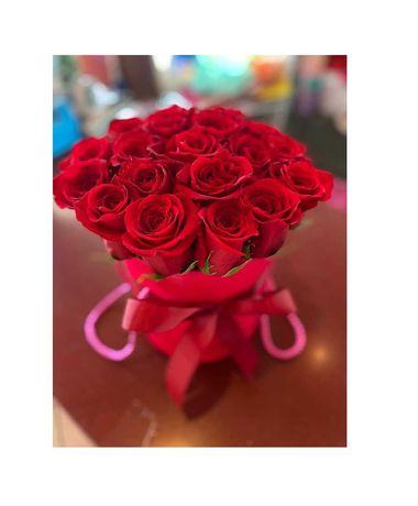 Цветы в коробке. Розы в Коробках. Доставка цветов 14