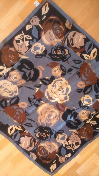 Дамски копринен шал JL by V. FRAAS в есенни тонове, 90х90 см