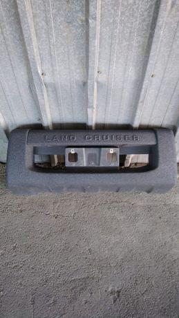 Запчасти на Тойоту Ландкрузер. Губа TLC 200 с 2007 по 2011 гг.