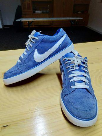 Urgent!! Nike mrtyr