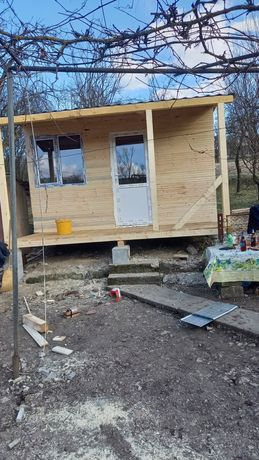 Vand cabana din lemn